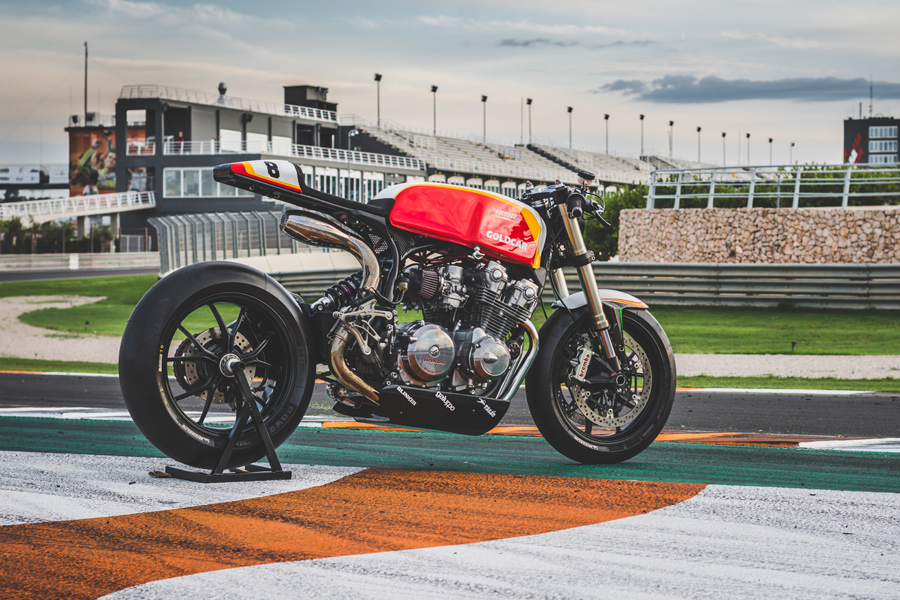 acclaimed-spanish-firm-invites-old-school-honda-cb750-to-an-aftermarket-party