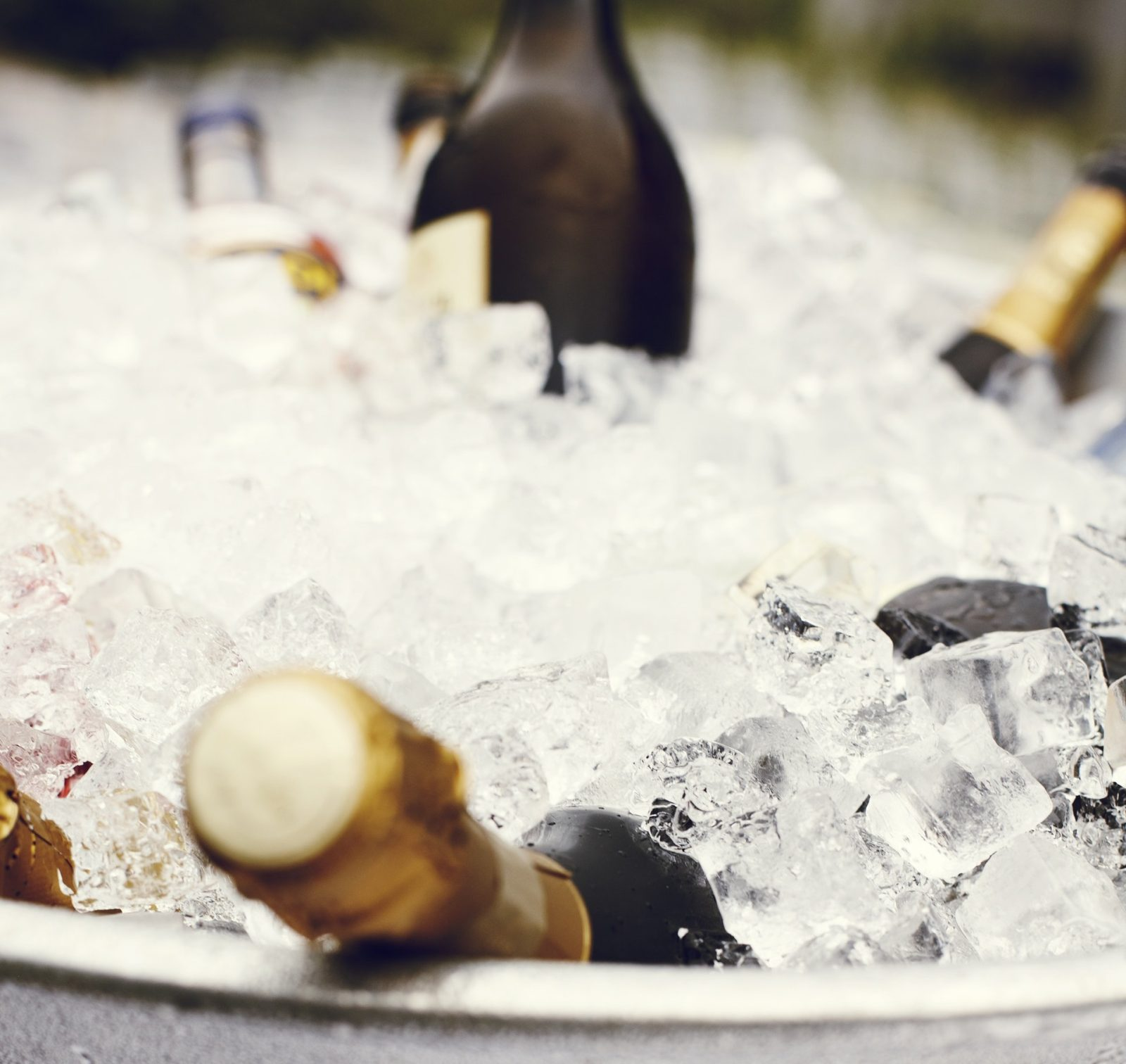 prosecco-bottle-explosion-leaves-woman-with-$3,000-car-cleaning-bill