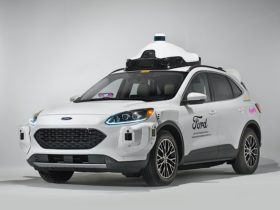 self-driving-fords-coming-to-lyft-(with-safety-drivers)-this-year