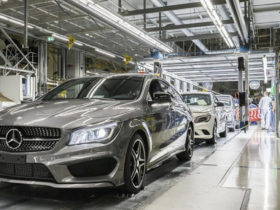 daimler's-management-dropped-its-hands-due-to-a-shortage-of-chips