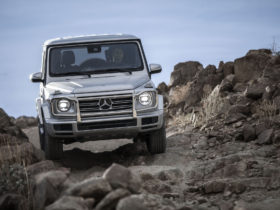 electric-mercedes-benz-g-class-launches-in-2024