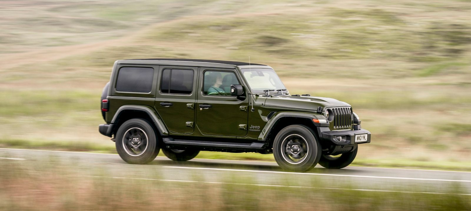 2021-jeep-wrangler-hits-uk-with-range-of-new-colors-and-49,450-starting-price