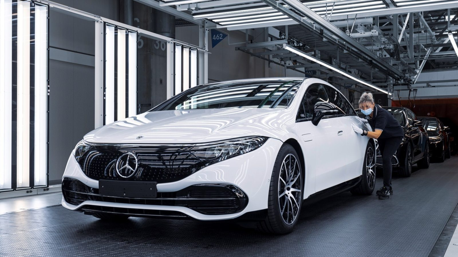 eqs-is-just-the-beginning-–-here's-the-future-of-mercedes'-ev-battery-tech