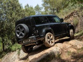 2021-land-rover-defender-110-v8-launch-review