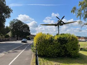 spitfire-on-a-20-feet-stick-honors-unskilled-young-civilians-who-made-war-planes
