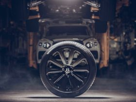 bentley-bentayga-will-soon-be-available-with-22-inch-carbon-fiber-wheels