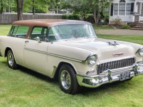 1955-chevrolet-nomad-shows-off-rare-color-combo,-modern-surprise-under-the-hood