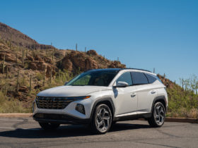 rav4-vs.-tucson,-next-toyota-tundra-teased,-ford's-ev-strategy:-what's-new-@-the-car-connection