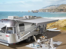 airstream-pottery-barn-special-edition-is-ultra-cozy,-better-than-your-own-home