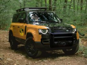 land-rover-defender-trophy-edition-launches-as-us.-only-220-unit-limited-run