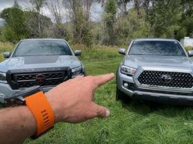 the-fast-lane-truck-compares-2022-nissan-frontier-with-toyota-tacoma