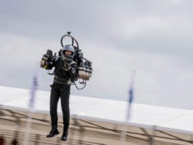 """""""the-jetpack-guy-is-back""""-flying-into-lax-flight-path,-fbi-is-investigating"""