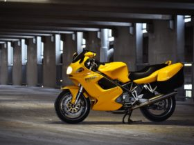 this-2001-ducati-st2-is-offered-at-no-reserve,-comes-with-titanium-exhaust