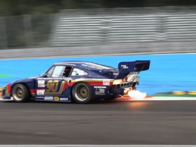 feast-your-eyes-on-the-almighty-porsche-935-kremer-spitting-flames-at-monza