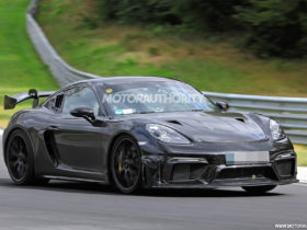 2022-porsche-718-cayman-gt4-rs-spy-shots-and-video:-development-on-the-final-track