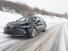 toyota-avalon-to-bow-out-after-2022,-no-more-trd-after-2021