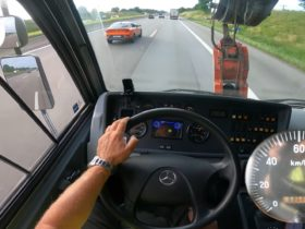 60-ton-mobile-crane-goes-(almost)-flat-out-on-autobahn-for-monster-top-speed-pov