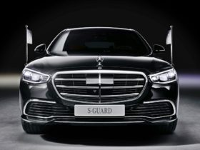 mercedes-benz-s-680-guard-4matic-comes-with-protection-against-bullets-and-explosives
