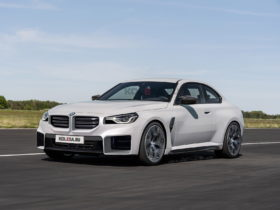 2023-bmw-m2-coupe-looks-ready-for-amg-sniffing-in-unofficial-renderings