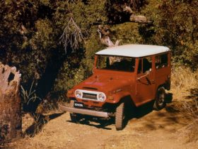 toyota-40-series-land-cruiser-replacement-parts-head-back-into-production