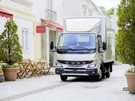 japanese-fuso-canter-truck-now-available-in-europe,-boasts-major-new-upgrades
