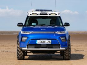 kia-soul-boardmasters-edition-puts-pre-production-car-to-work-for-surfers