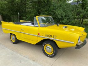 the-amphicar-770,-a-long-lost-dream,-could-be-the-perfect-vacation-vehicle