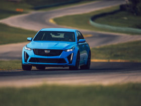 first-drive-review:-2022-cadillac-ct5-v-blackwing-sends-off-internal-combustion-in-style