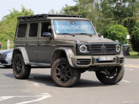 2022-mercedes-benz-g-class-4×4-squared-spy-shots-and-video:-luxury-monster-truck-set-for-return