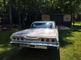 1963-chevrolet-impala-tucked-away-for-20-years-is-back-with-really-low-miles,-running-v8