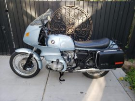 satisfy-your-touring-needs-with-this-well-preserved-1977-bmw-r100rs