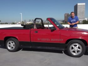 convertible-dodge-dakota-reviewed-by-doug-demuro,-it's-undeniably-quirky