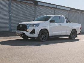 this-v8-swapped-2021-toyota-hilux-makes-burbly-amg-noises