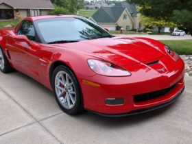 2006-chevrolet-corvette-z06-with-just-107-miles-up-for-auction-in-mint-condition