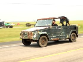 abandoned-vw-thing-takes-first-drive-in-25-years-with-super-beetle-engine-swap