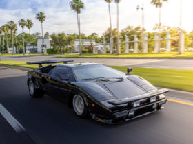 1979-lamborghini-countach-from-the-cannonball-run-is-now-a-historic-vehicle