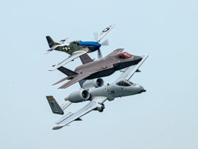 p-51-mustang-chases-f-35a-and-a-10-thunderbolt,-trio-looks-like-a-killer-hunting-squad