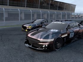 genesis-x-concept-and-g70-become-race-cars-in-gran-turismo