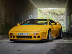 collection-of-six-rare-lotus-esprits-up-for-auction