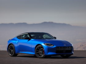 2023-nissan-z-is-finally-here:-gets-twin-turbo-v6-and-six-speed-manual