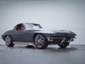 ls3-swapped-1963-chevrolet-corvette-split-window-coupe-ticks-all-the-right-boxes