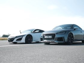 stock-acura-nsx-drag-races-tuned-audi-tt-rs,-gets-badly-whooped
