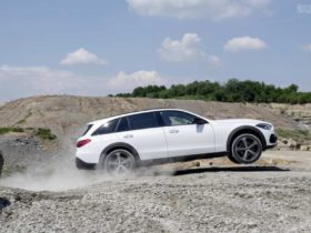 mercedes-benz-c-class-estate-goes-off-roading-with-all-terrain