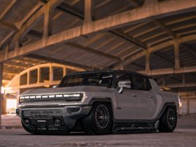 gmc-hummer-ev-gets-duramax-swap-and-air-suspension-in-unofficial-rendering
