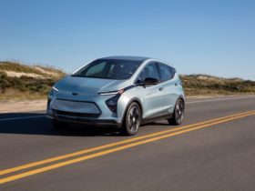 gm-shutting-down-bolt-ev-assembly-plant-over-chip-supply-woes