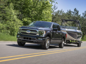 2021-ford-f-150-chip-shortage-prompts-one-week-production-halt-and-layoffs