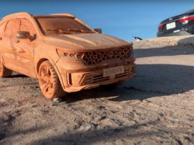 2021-kia-sorento-still-looks-rugged-and-reliable-in-wooden-version