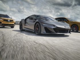 """acura-boss-on-nsx:-""""there's-gonna-be-another-one"""""""