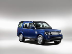 land-rover-is-recalling-the-lr4-and-range-rover-sport-over-the-fuel-outlet-flange
