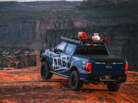 ford-ranger-and-toyota-fj-cruiser-ready-for-summer-adventures-with-arb-4×4-base-rack